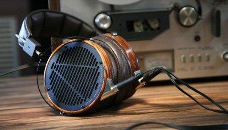 Làm thế nào để chọn cho mình một chiếc tai nghe phù hợp?