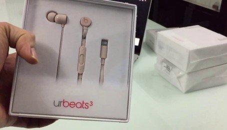Trên tay tai nghe lighting urBeats 3: hoàn thiện tốt, dây chống rối đáng giá, giá 2,5tr
