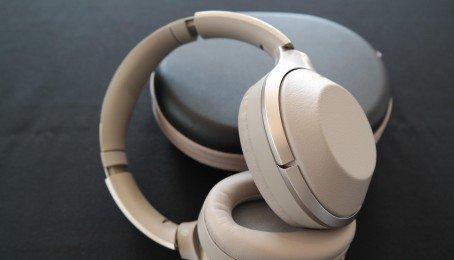 Đánh giá chi tiết tai nghe không dây chống ồn không dây Sony WH 1000XM2