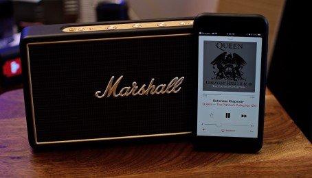 Trên tay loa di động Marshall Stockwell sự sang trọng đến từ Anh quốc!